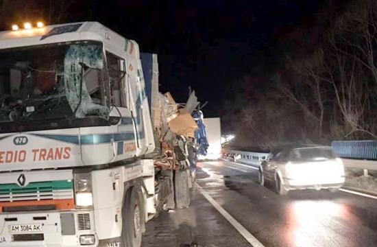 На трасі «Київ-Чоп» зіткнулися дві фури, загинув 27-річний водій (ВІДЕО)