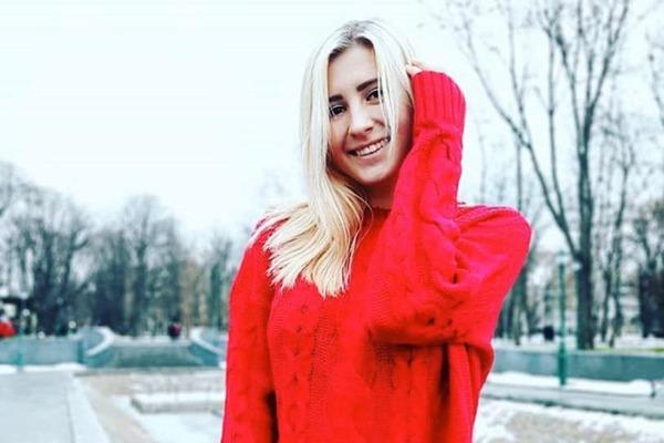 """""""Аліні 12 годин робили інтоксикацію, але діагноз був неправильний"""": у Харкові через халатність лікарів померла 19-річна дівчина (ФОТО)"""