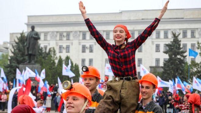 ЄС, ОПЗЖ і Слуга народу проголосували за особливий статус Донбасу