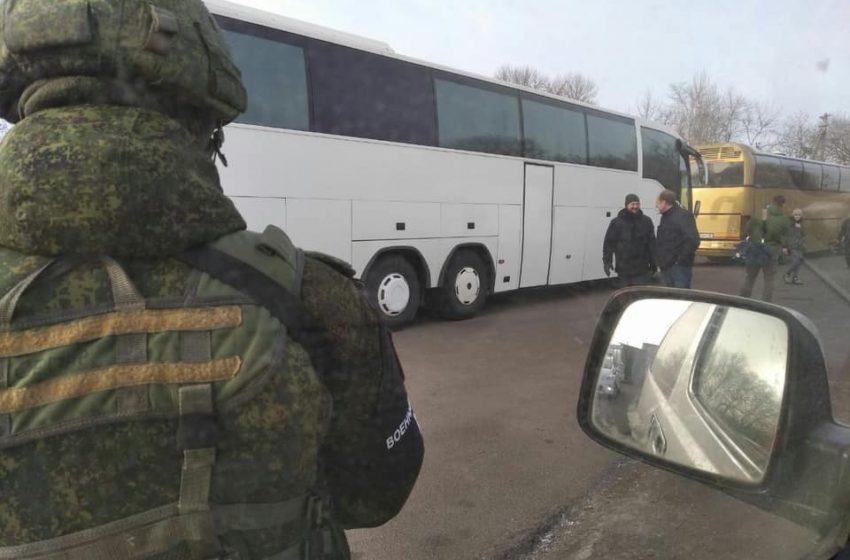 """Стали відомі перші звільнені українці з полону """"Л/ДНР"""""""