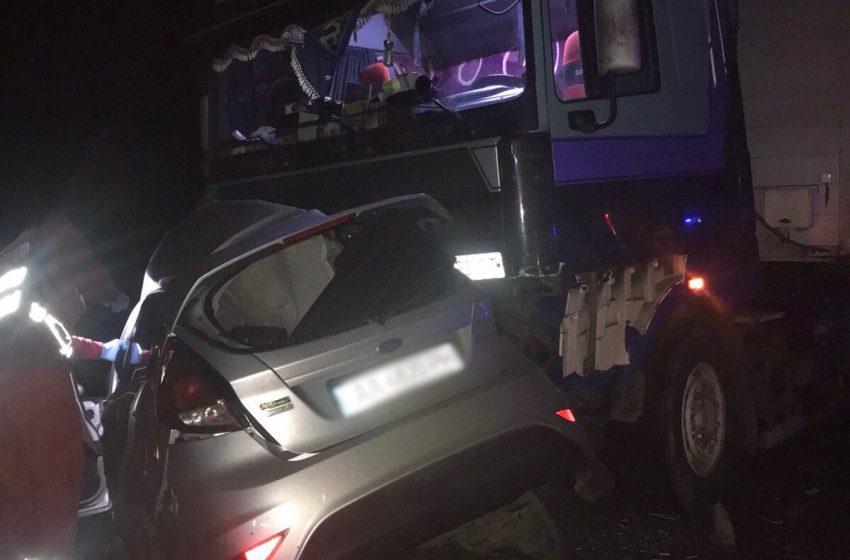 На Львівщині в ДТП трагічно загинуло дві людини