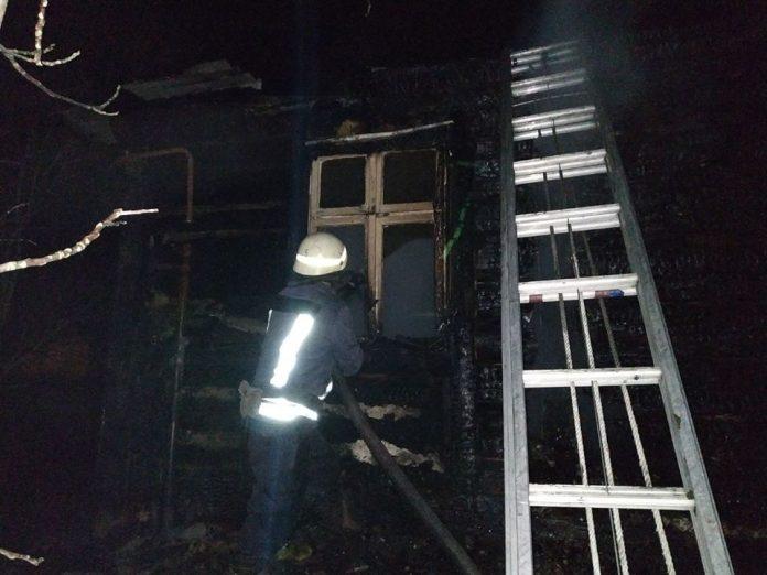 Вночі на Дрогобиччині у власному будинку згорів заживо 48 річний чоловік
