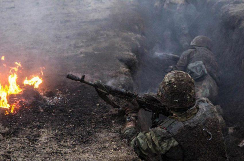 Там справжнє пекло: російські війська атакували українські позиції на Донбасі, є втрати