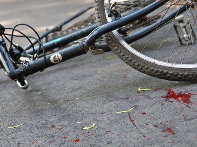 Біля Дрогобича молода жінка на іномарці збила на смерть велосипедиста