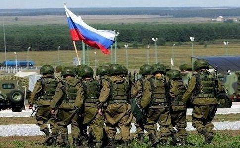 На кордон з Україною Росія стягнула близько 90 тисяч військових, 1100 танків, сотні літаків – дані розвідки