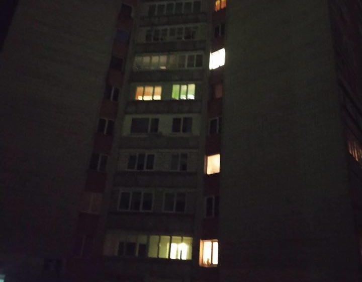 У Дрогобичі в 12-ти поверховому будинку сталося задимлення