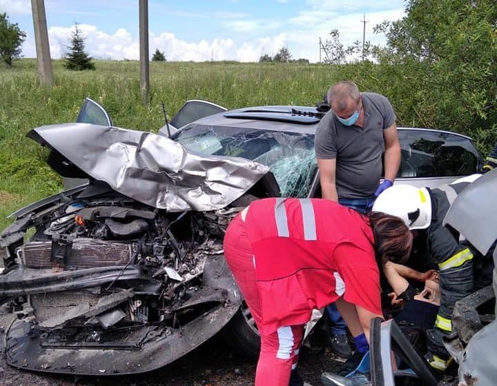 В обідню пору між Дрогобичем і Стриєм трапилася автотроща (ФОТО)
