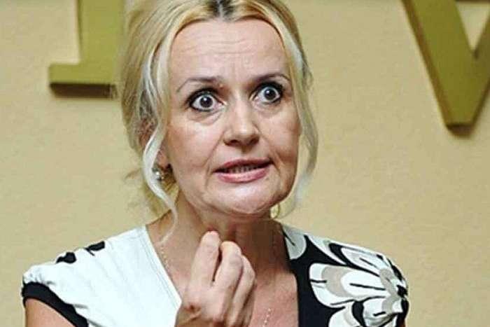 """Фаріон назвала нардепку від """"Слуги народу"""" політичним опудалом і примівною дурепою"""