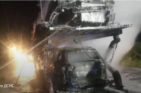 На трасі Львів-Краківець згоріли чотири автомобілі