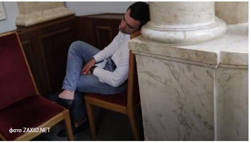 """Дрогобицька міськрада висловила недовіру нардепу від """"Слуги народу"""" Оресту Саламасі"""