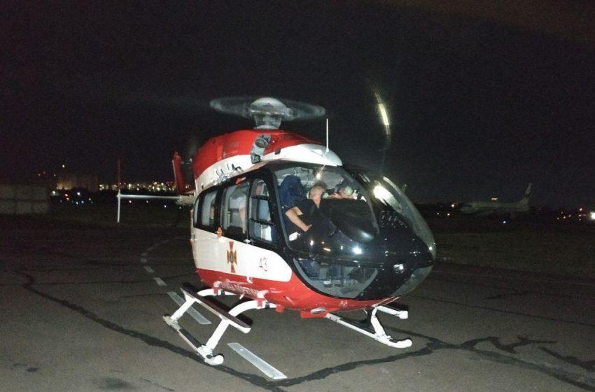 Постраждалу у моторошній аварії на Львівщині 13-річну дівчинку доставили гелікоптером до Києва(ФОТО)