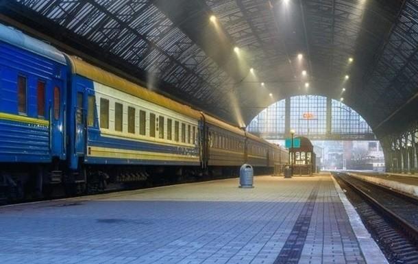 До Дня Незалежності в Україні призначили два додаткових поїзди: розклад руху
