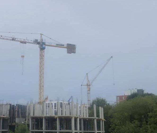 На будівництві у Львові трагічно загинув чоловік (ФОТО)