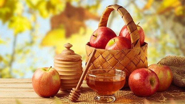 Сьогодні українці святкують Яблучний Спас: що треба знати про це свято