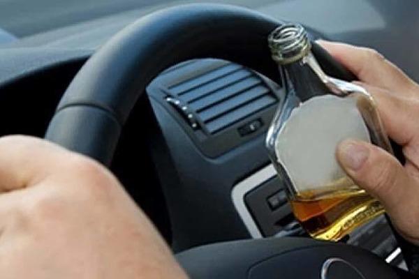 У Дрогобичі п'яний водій на швидкості спричинив ДТП і втік з місця пригоди (ВІДЕО)