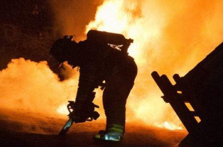 У Дрогобичі вогнеборці рятували людей з палаючого будинку