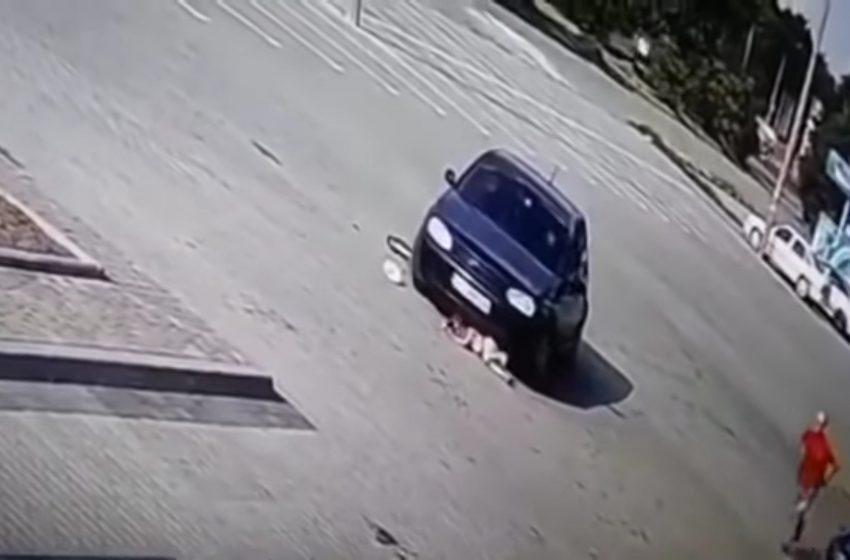 Дівчинка, яка потрапила під колеса авто в Дрогобичі, не отримала жодного перелому, проте стан важкий