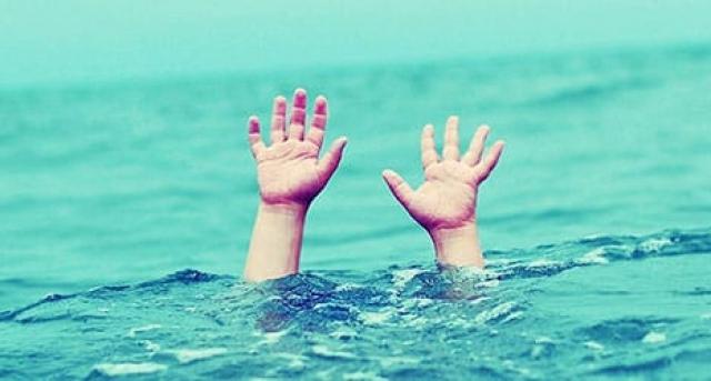 Пішов з матір'ю на озеро і загинув: на Закарпатті втонув 4-річний хлопчик