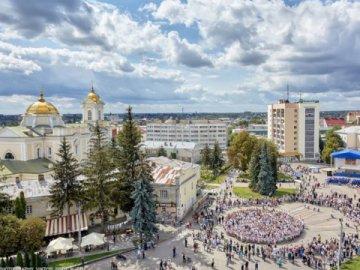 Влада Луцька відмовилась вводити жорсткий карантин
