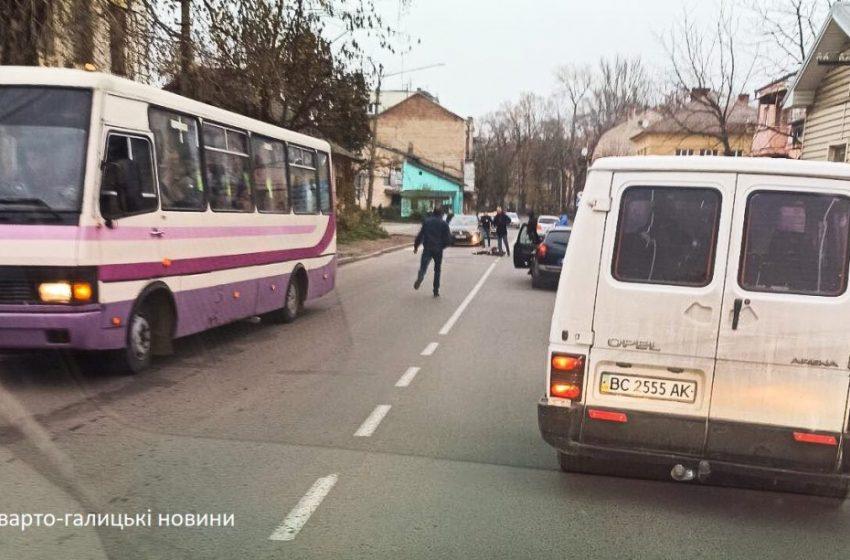 У Дрогобичі маршрутка на смерть збила дитину (ФОТО)