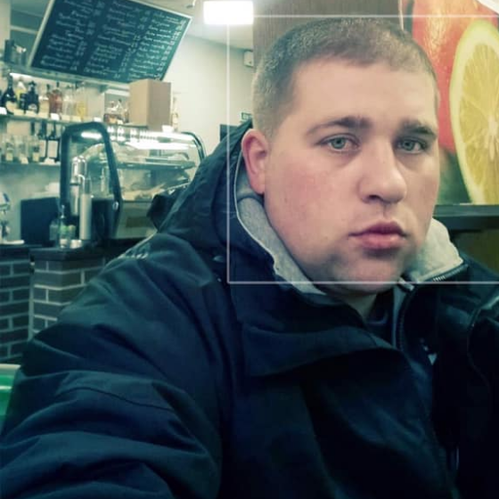 """""""Влаштував гонки і розбив людям машини"""": на Дрогобиччині розшукують горе-водія (ФОТО)"""