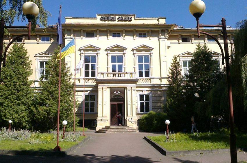 У Львові ще одна лікарня лікуватиме хворих на COVID-19