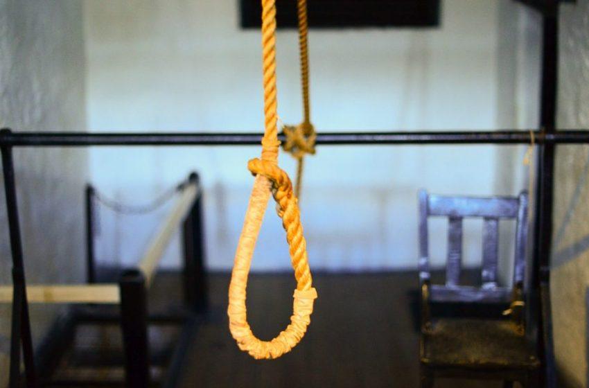 У Дрогобичі двоє людей скоїли самогубство