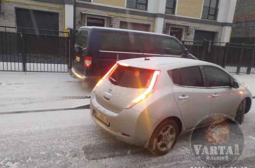 УВАГА!Через погодні умови ускладнений рух по Львову та об'їзній міста(ФОТО)