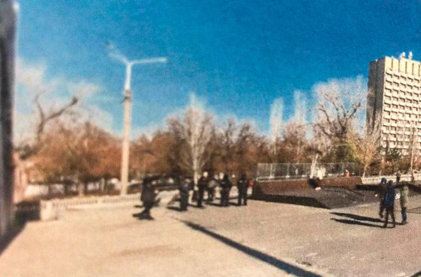 Розлючений чоловік обстріляв підлітка у скейтпарку (фото, відео)