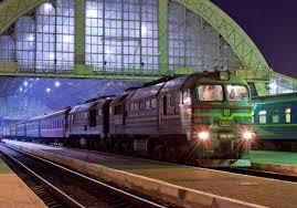 У Львові під колесами потяга сильно постраждала людина