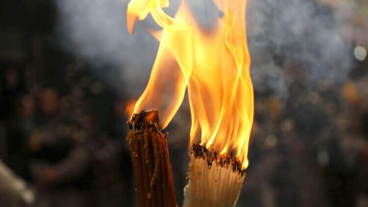 Не привітався у магазині: на Львівщині чоловік влаштував сусідам дві пожежі