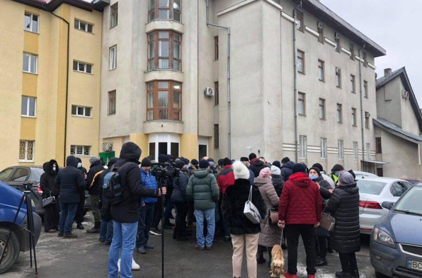 У Львові протестували проти підвищення ціни на газ (фото, відео)